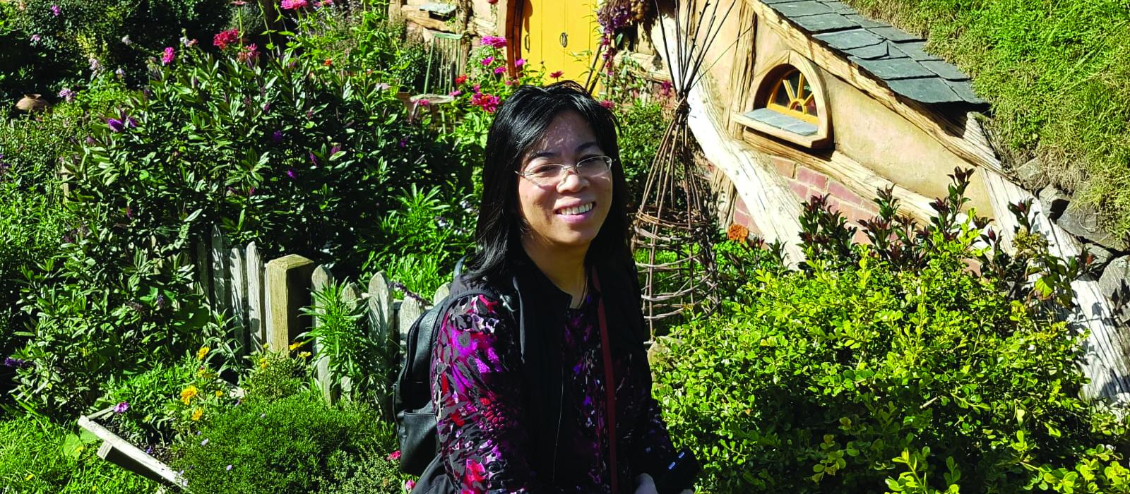 Linda Lu at Hobbiton