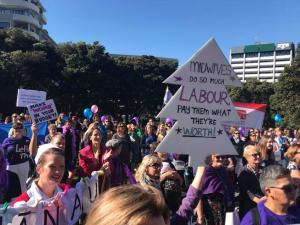 Midwives march in Wellington
