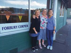 Dunedin GP Alison Gaston pictured on her final day at Forbury Corner with practice nurses Christine van der Hilst (left) and Lynette Robinson